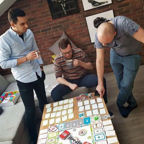 scrum-iterate-game